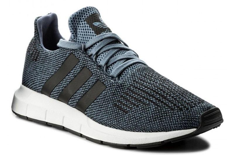 Кроссовки Adidas Originals Swift Run (CQ2120)